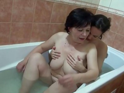 OldNanny Granny and sexy girl masturbate in the ba