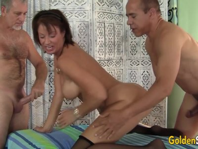 Mature Tart Vanessa Videl Is Gangbanged by Five Horny Guys