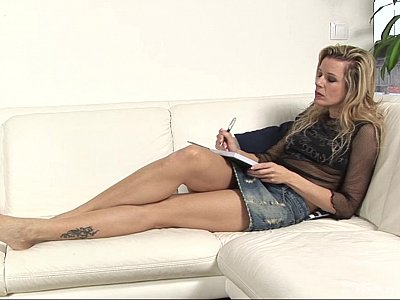 Hairy Milf doing herself on a sofa