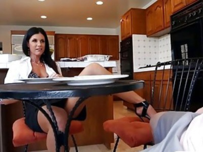Teen babe and sexy mature MILF threesome in the kitchen